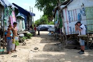 04 street photography phnom penh slum cambodia finefoto jens andersen
